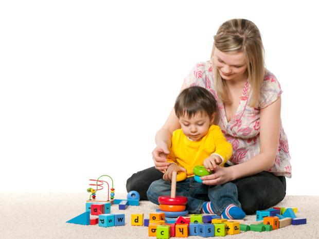 Crédit : assistante maternelle par Shutterstock