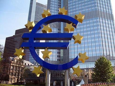 L'Europe a décidé de faire de la lutte contre les actifs toxiques sa priorité. Le chemin est encore long pour y parvenir.