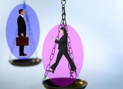 Les femmes souffrent toujours de discrimination au travail