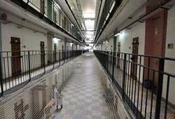 Prison : les 5 000 places créées d'ici 2017 ne suffiront pas