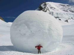 Dette : l'effet boule de neige
