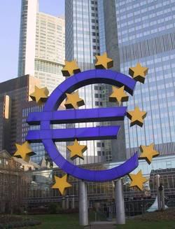 La BCE revient à un taux directeur à 1%