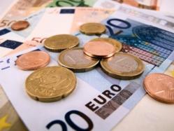 56 % des Français utilisent leur épargne pour finir le mois