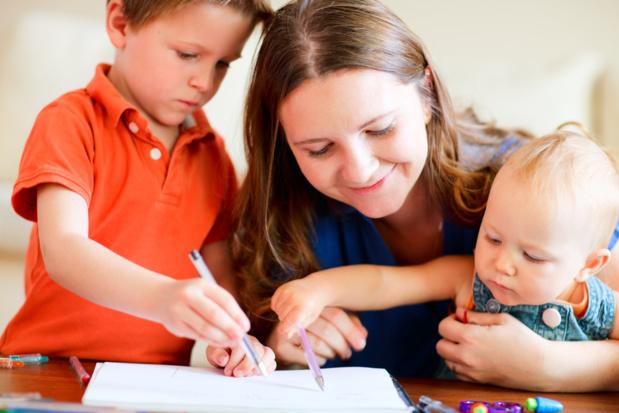Crédit : garde d'enfants par Shutterstock