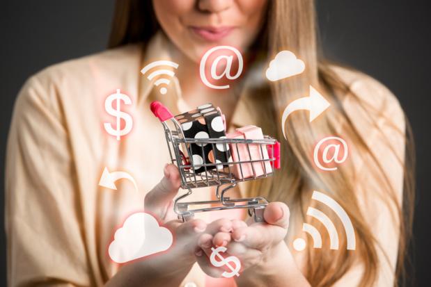 Crédit : web-acheteur par Shutterstock