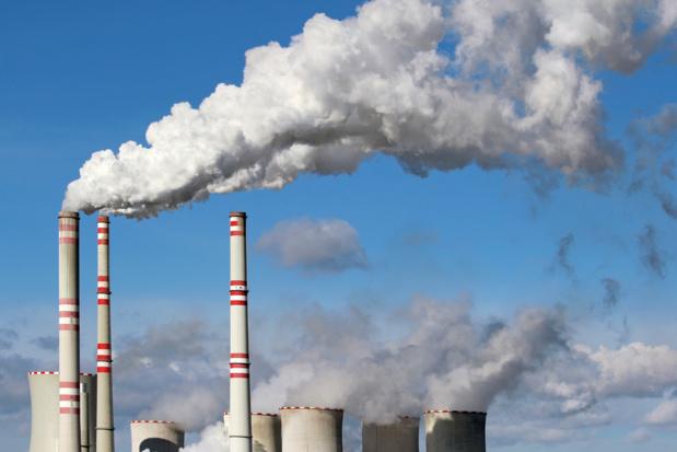 Crédit : émission de CO2 par Shutterstock