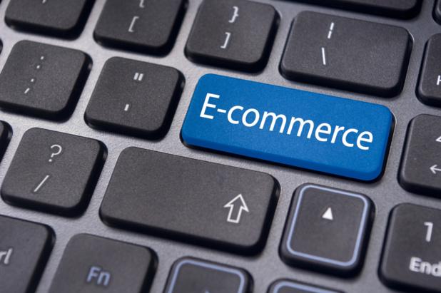 Crédit : e-commerce par Shutterstock
