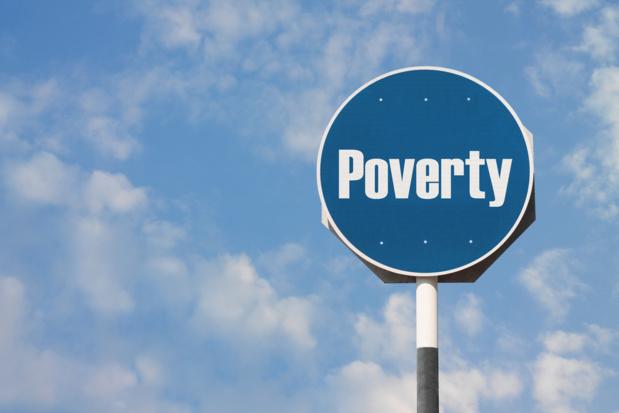 Crédit : pauvreté par Shutterstock