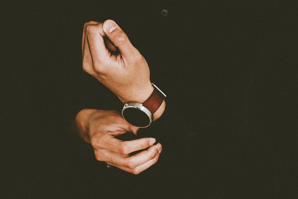 Face à la crise, les investissements dans des montres de luxe sont en hausse