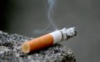 Un fumeur coûte 6 000 dollars par an à son employeur